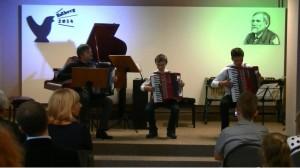 02 trio akord